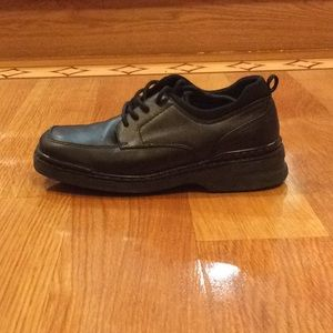 Tommy Hilfiger - Black Shoes - For Boys - Size 2M